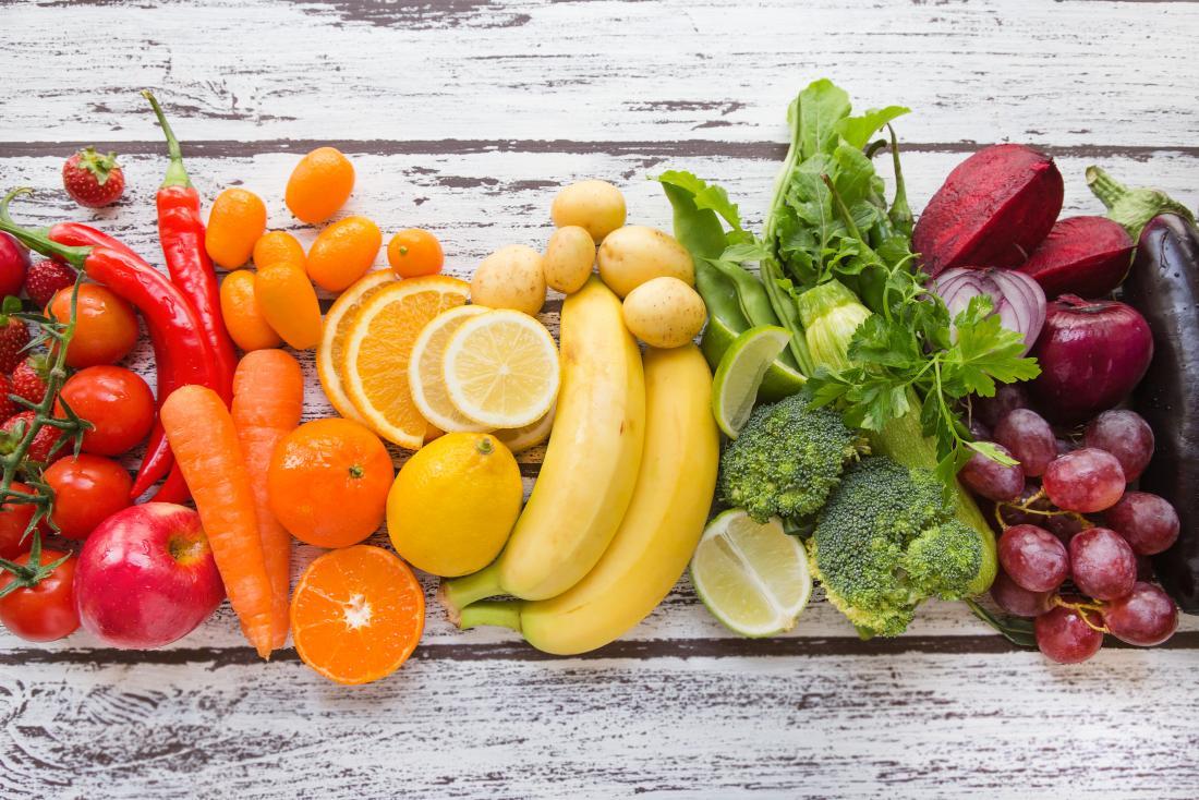 cores diferentes de frutas e legumes