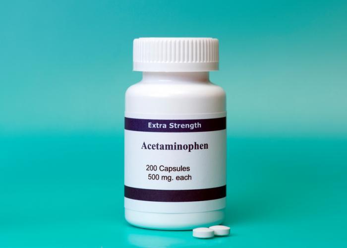 [Uma garrafa de acetaminofeno]