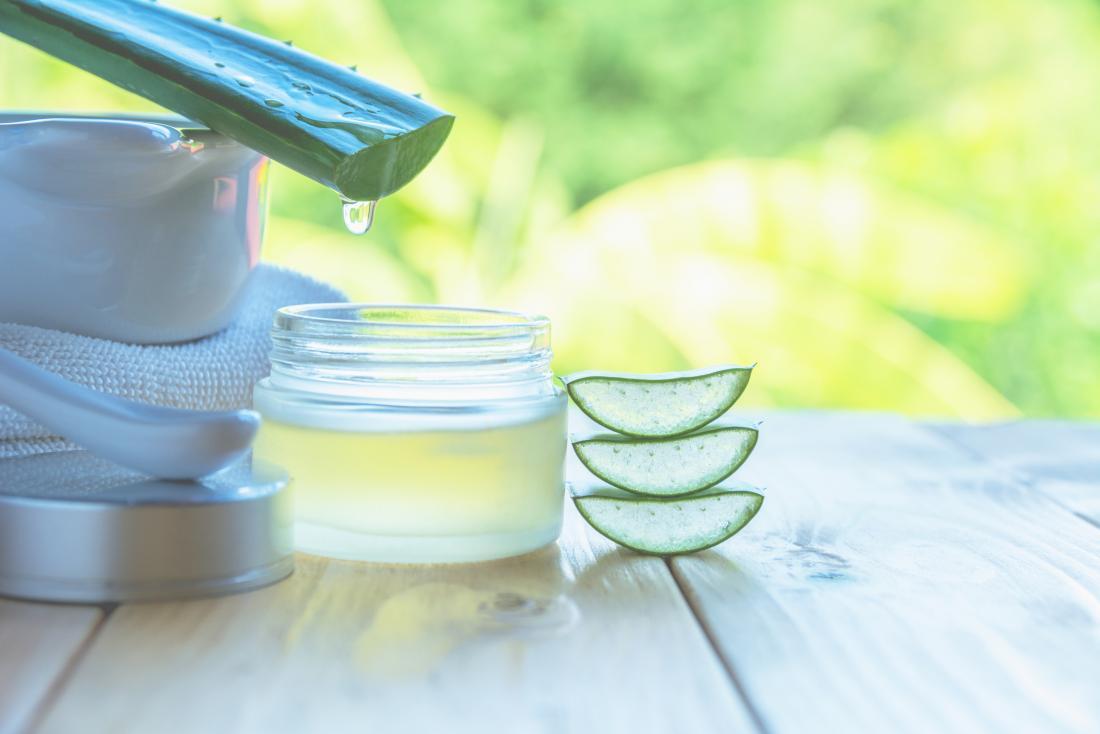 Aloe vera peut aider à traiter les symptômes de l'éruption de couche-culotte adulte.