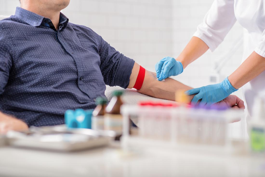 Don de sang et tests sanguins.