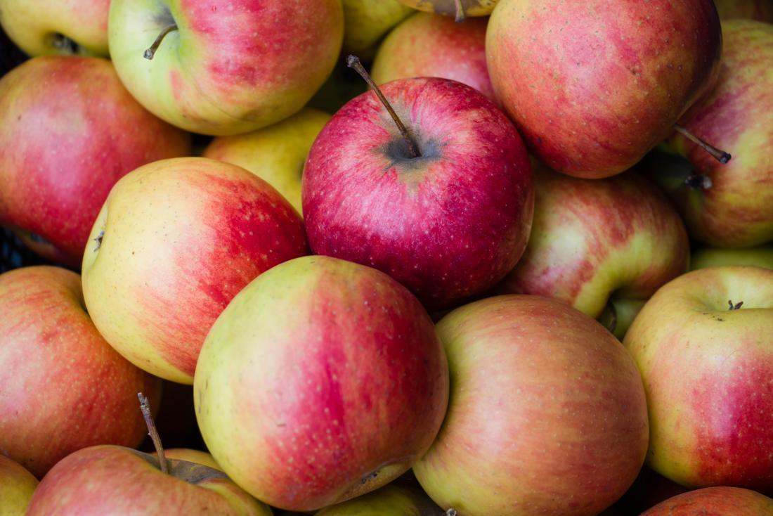 Fim, cima, maçãs
