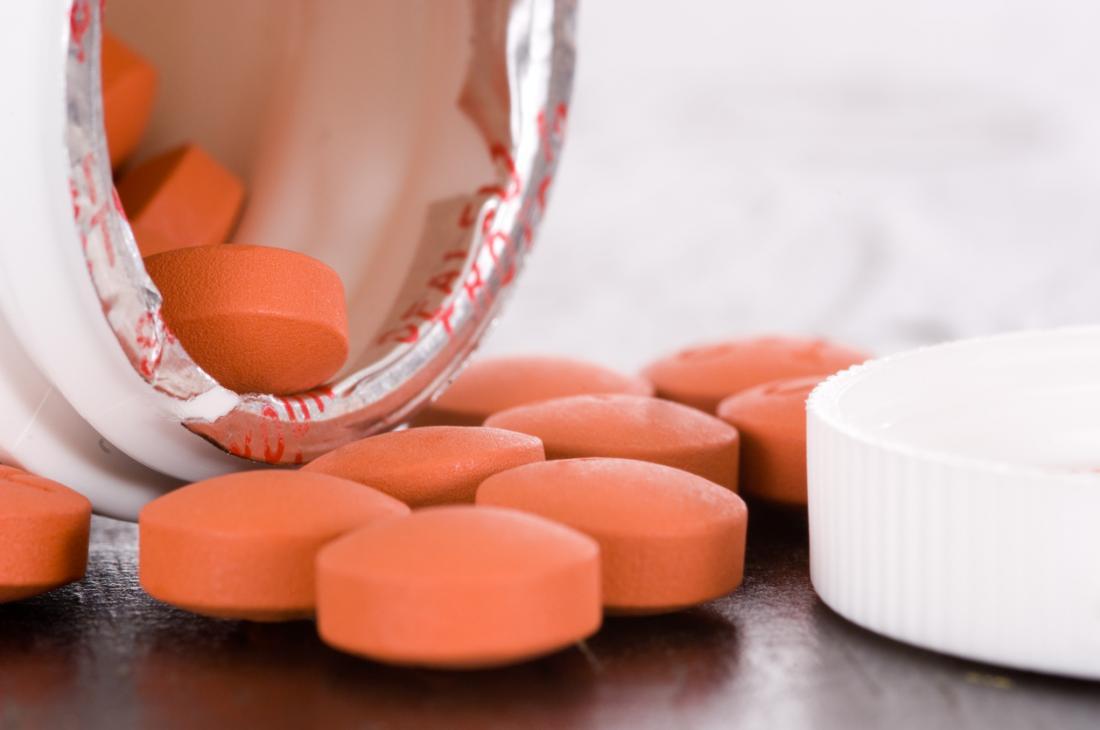 Środki przeciwbólowe takie jak tabletki ibuprofen.