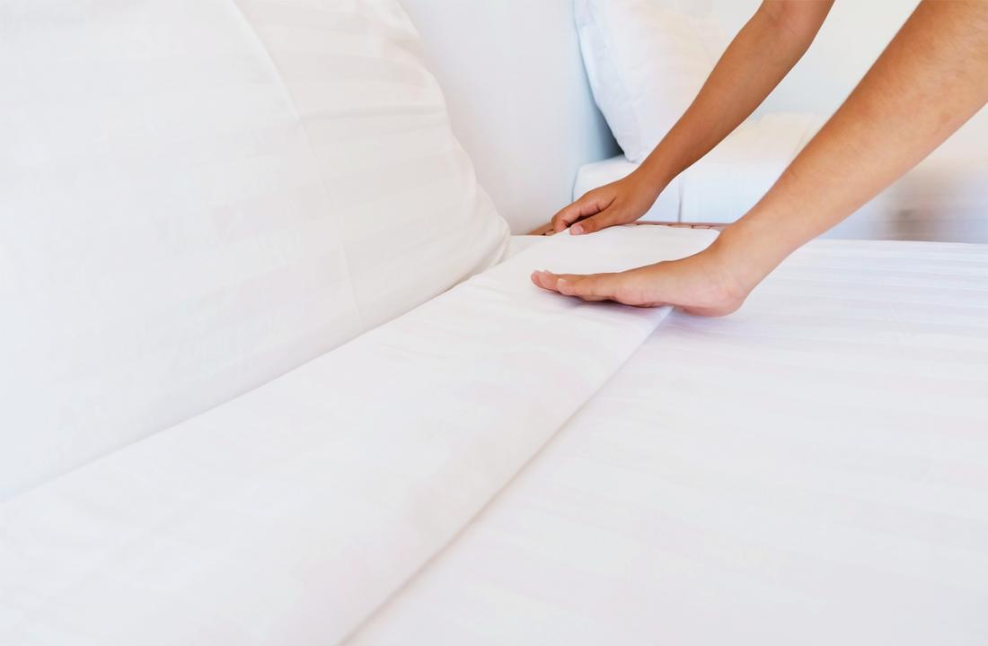 頻繁に寝たきりを防ぐためにシートを交換する