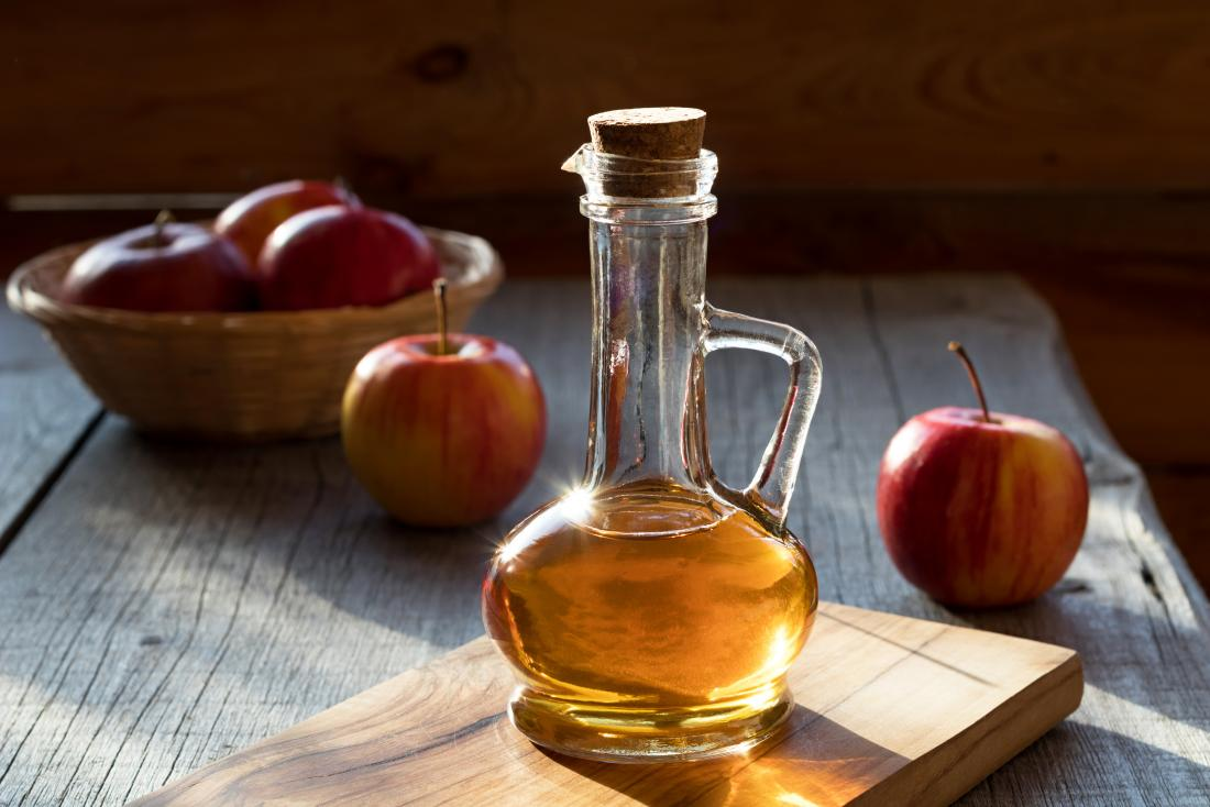Ябълков ябълков оцет за главоболие