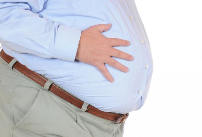 肥満男性の腹