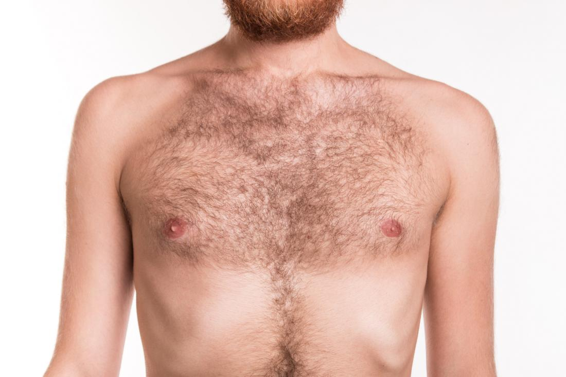 oben ohne Mannes Brust.