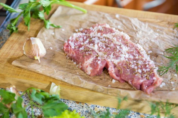 kawałek solonego mięsa