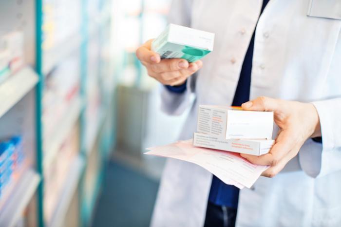 異なる薬剤を保有する薬剤師