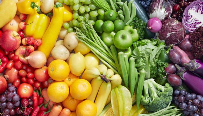 カラフルな果物や野菜