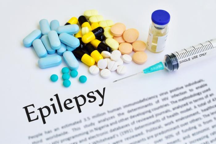 Le mot épilepsie le long de plusieurs médicaments.
