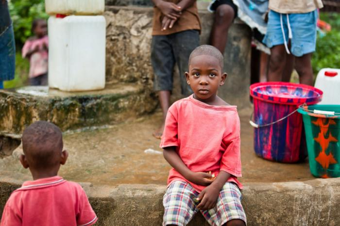 [Enfant en Afrique de l'Ouest]