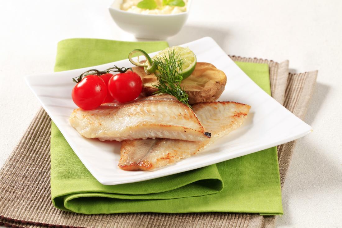 weißer Fisch und Limette