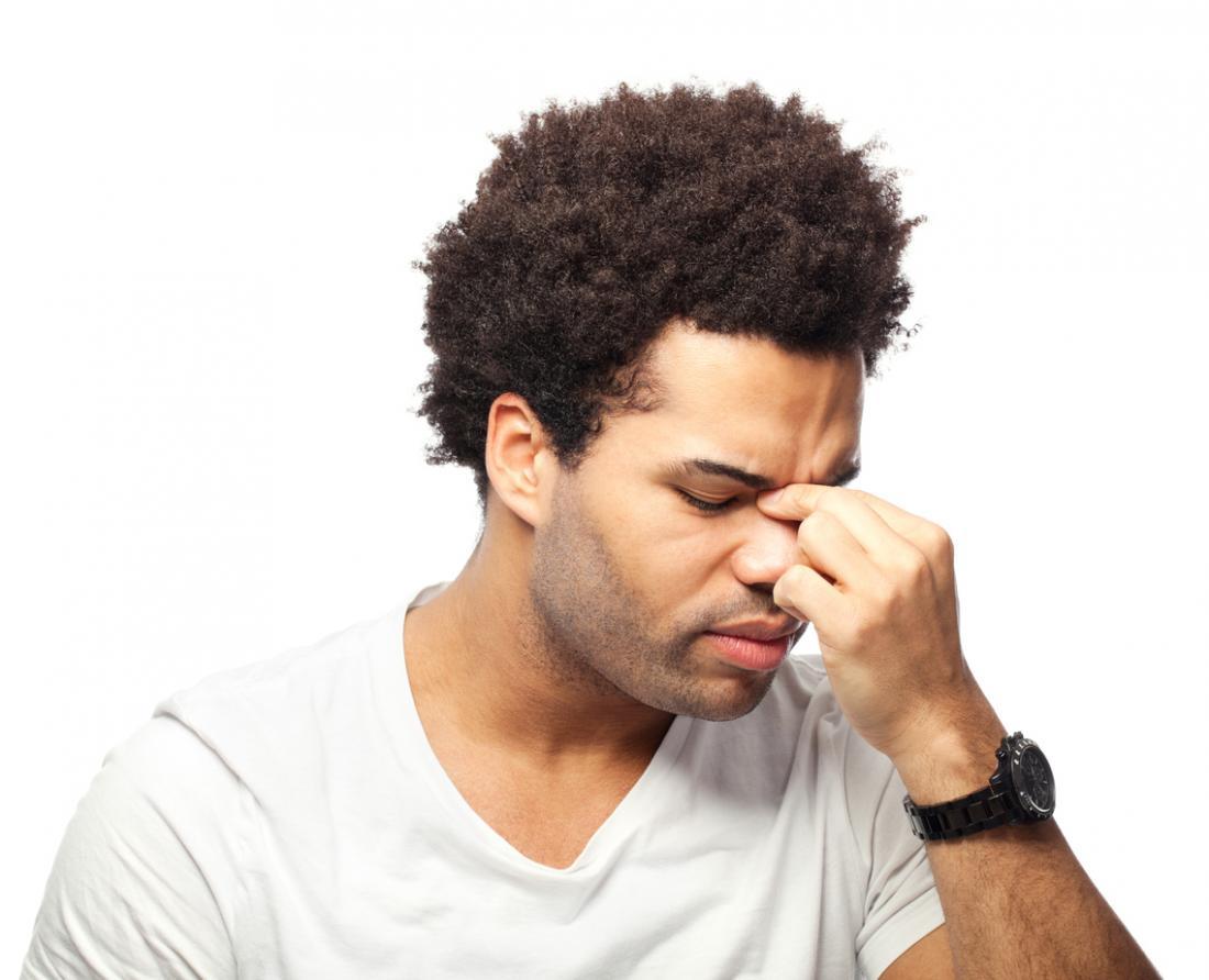 鼻腔の痛みは副鼻腔炎の徴候となりうる。