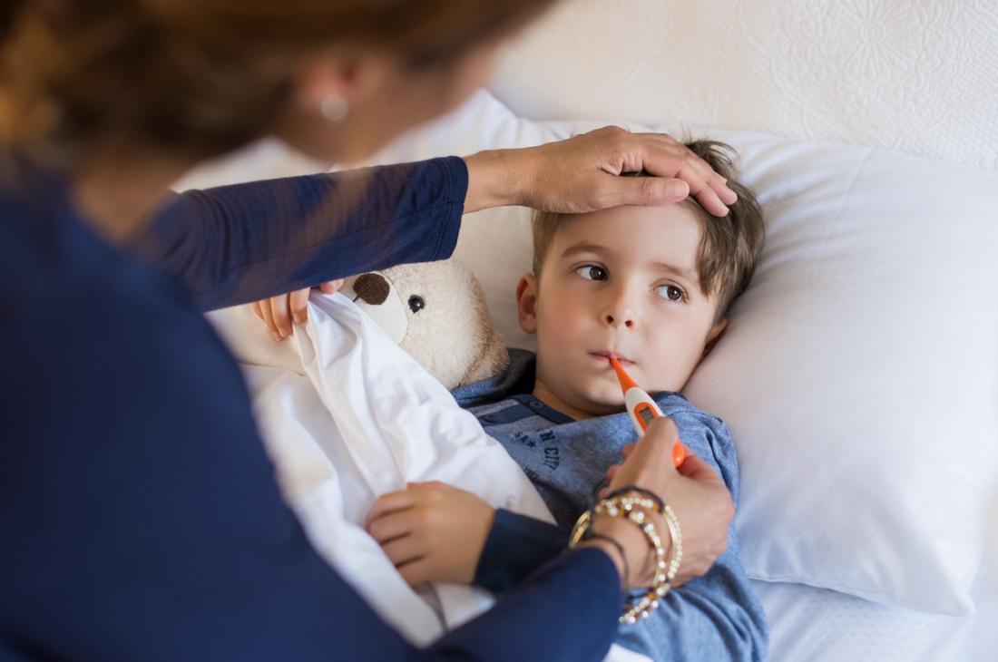 Fièvre de la grippe enfant