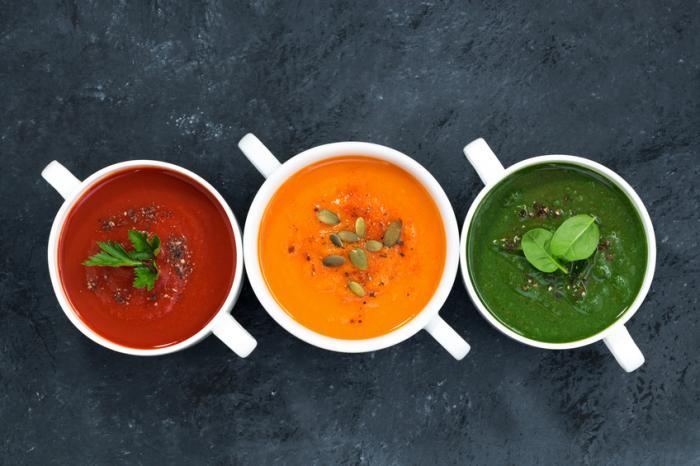 Yukarıda görüldüğü gibi üç çorba, bir kırmızı, bir portakal ve bir yeşil