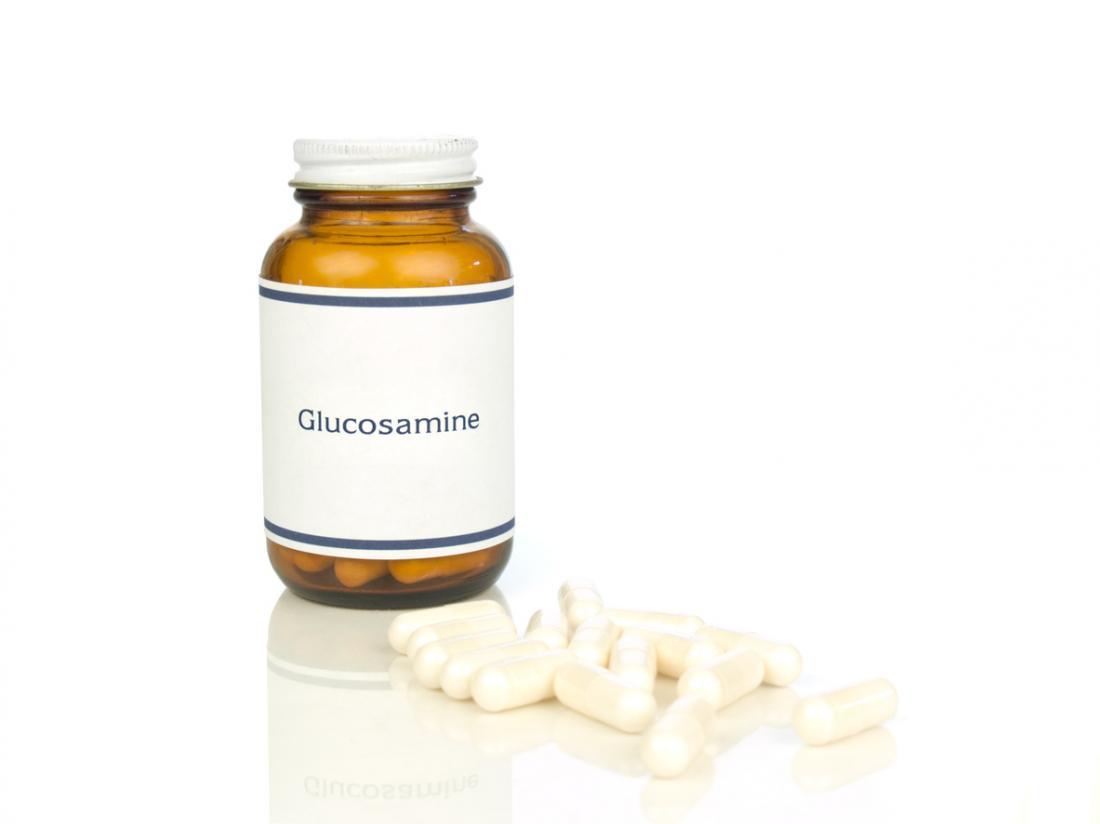 Glucosamin-Pillen in einer Flasche