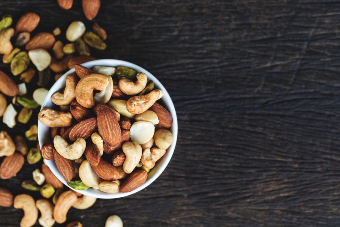 Các loại hạt là loại thực phẩm giàu kali để tránh nếu bạn bị CKD