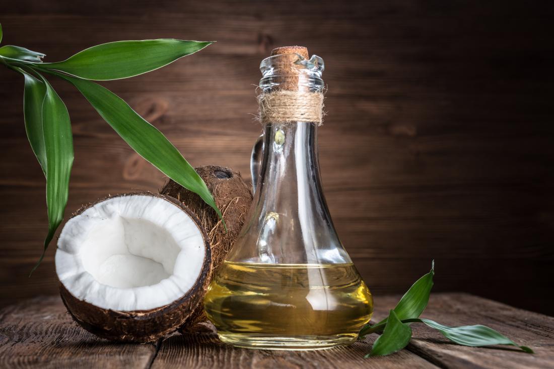 ココナッツオイルは一般的なキャリアオイルです