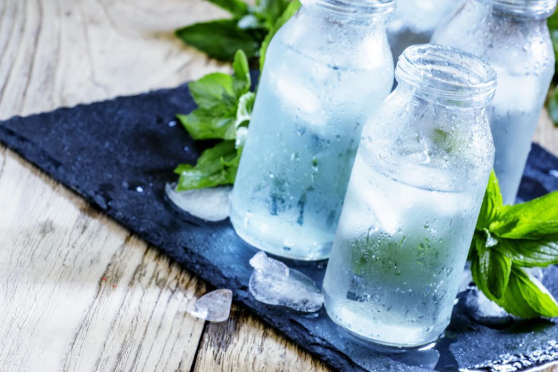 [Wasser trinken für eine gesunde Bauchspeicheldrüse]