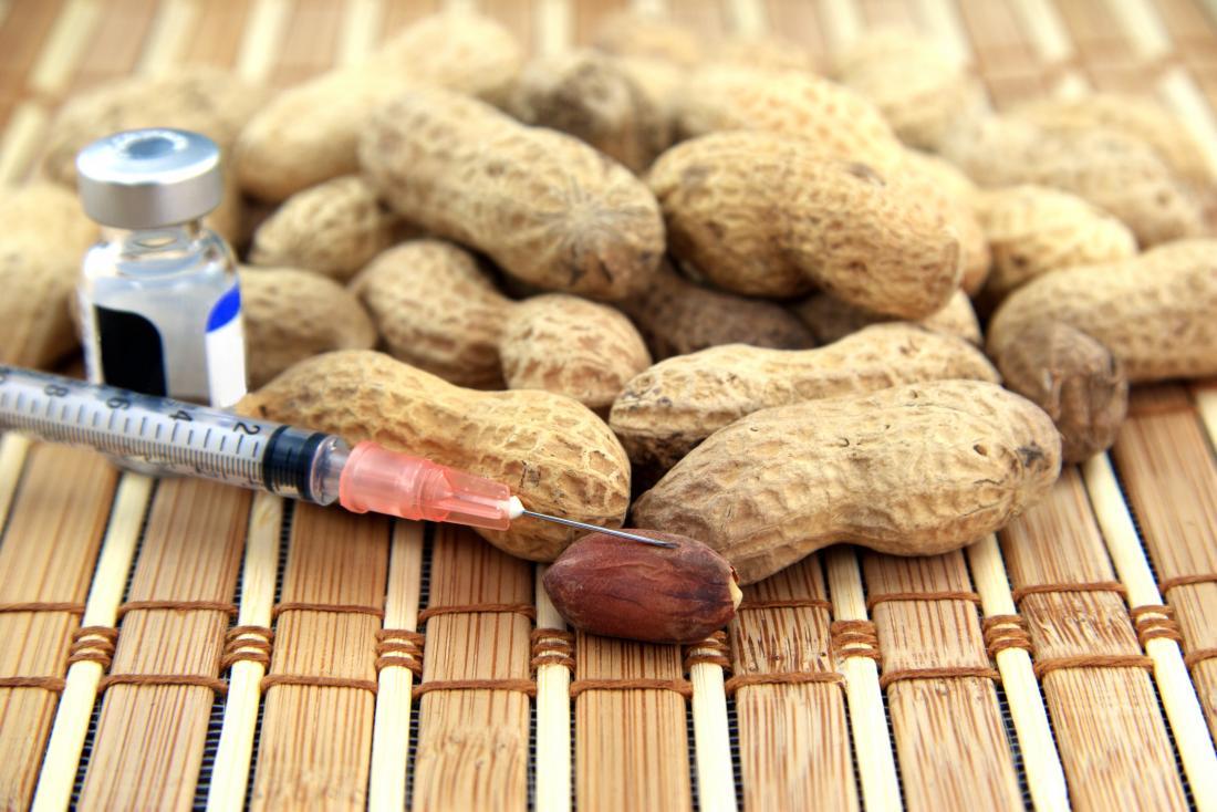 cacahuètes avec seringue