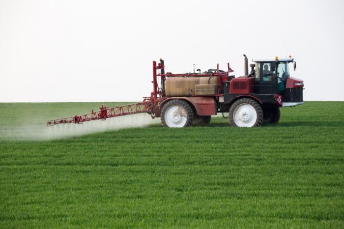[Trabalhar na agricultura aumenta o risco de febre q]