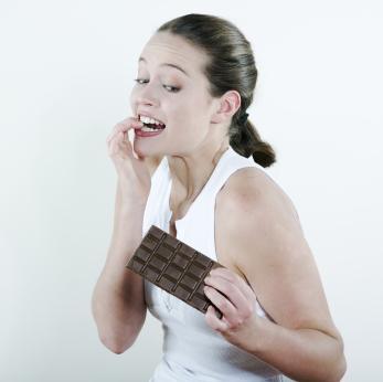Жена, изкушавана от шоколад