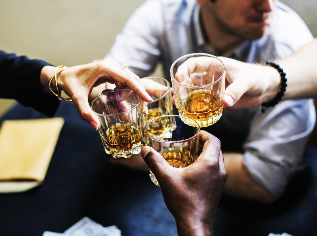 Tiêu thụ rượu quá mức