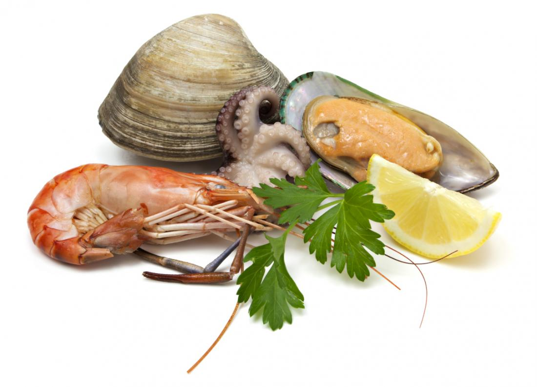 Marisco, incluindo camarão, mexilhão, vieira, ostra e polvo.