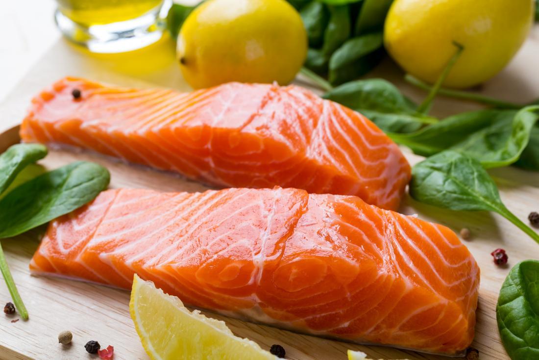 Bild des Lachsfilets, das für Hashimoto Diät empfohlen werden kann