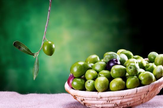 [Oliven sind nicht immer Teil der Rohkostdiät]