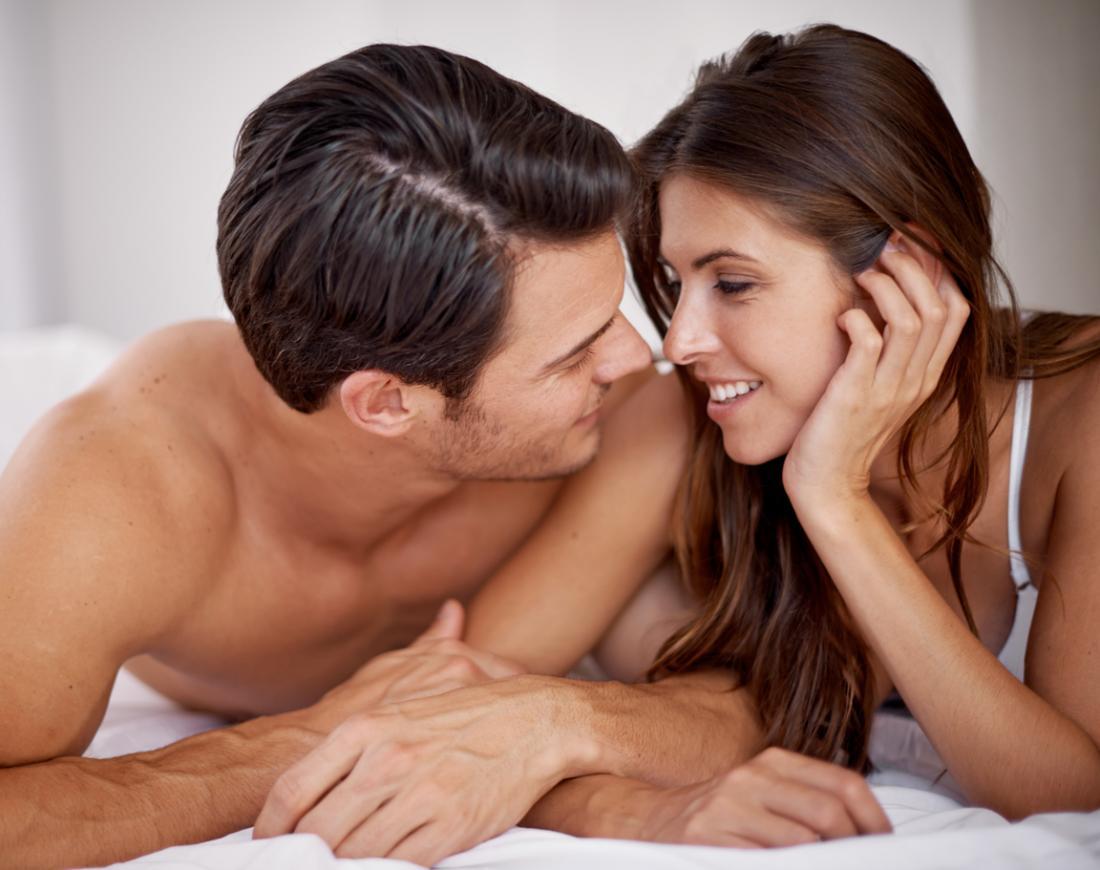 двойка в леглото