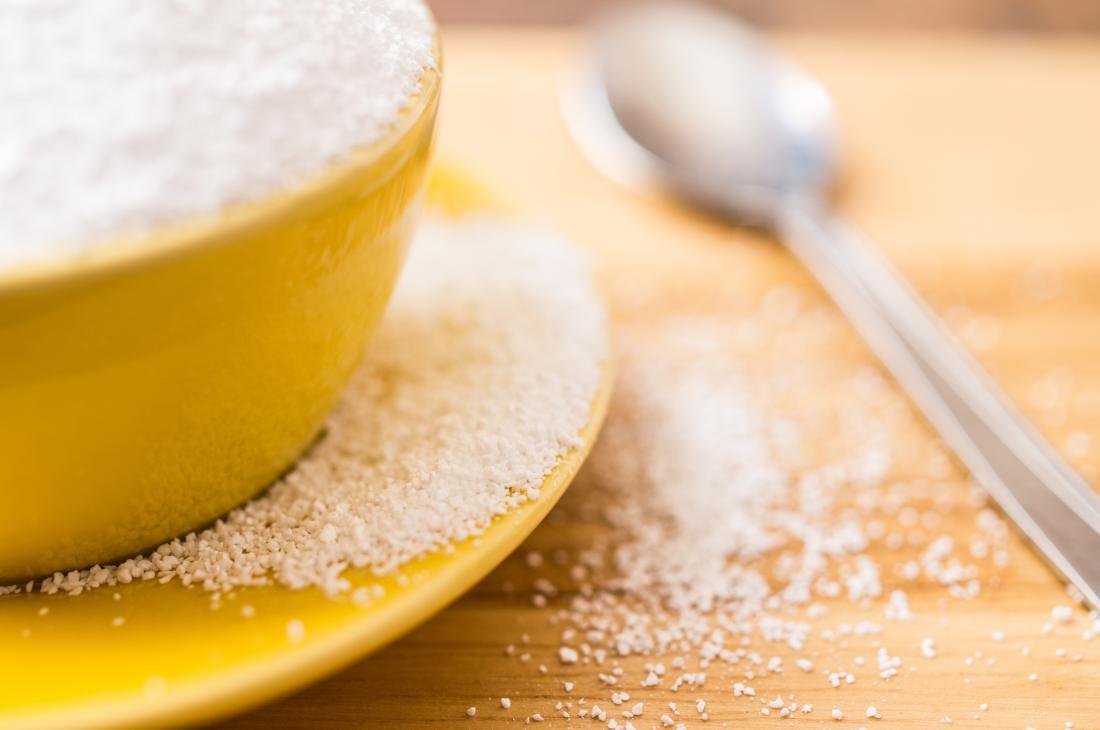 Um álcool de açúcar, sorbitol em uma tigela