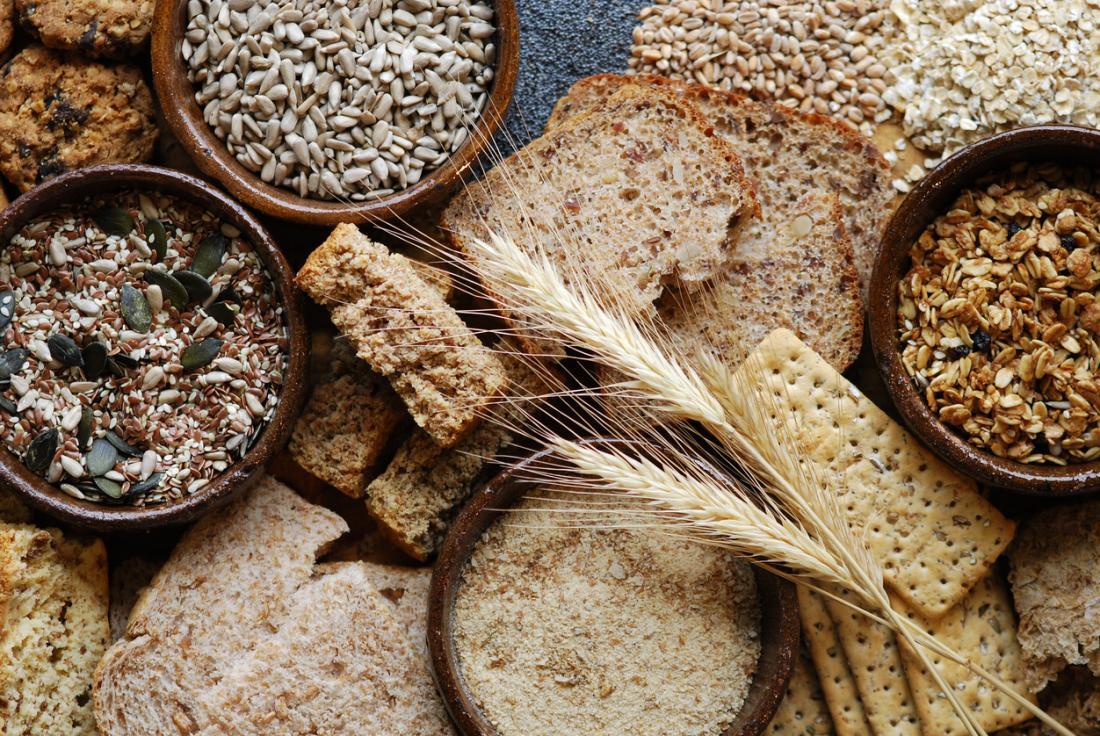 grãos integrais e cereais são uma boa fonte de fibra