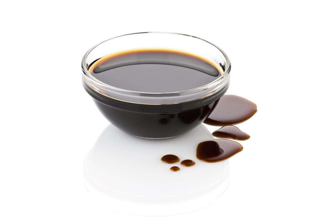 Vinaigre balsamique dans un petit verre