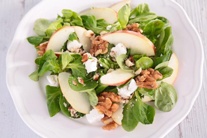 Une salade de noix.
