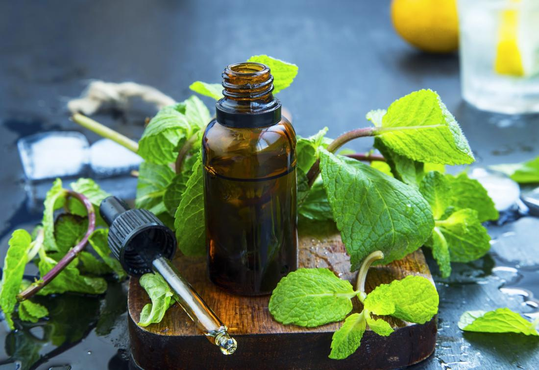 Ätherische Öle der Pfefferminz für Verstopfung