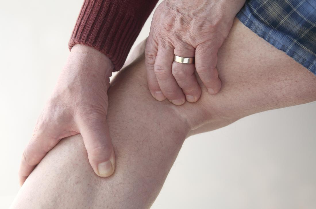 Dolore dietro al ginocchio: scopri quali sono le cause e le cure