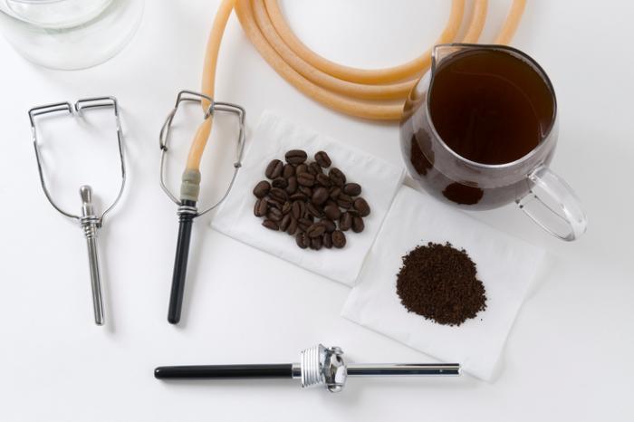 Ferramentas para um enema de café