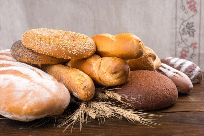 [различни хлябове]