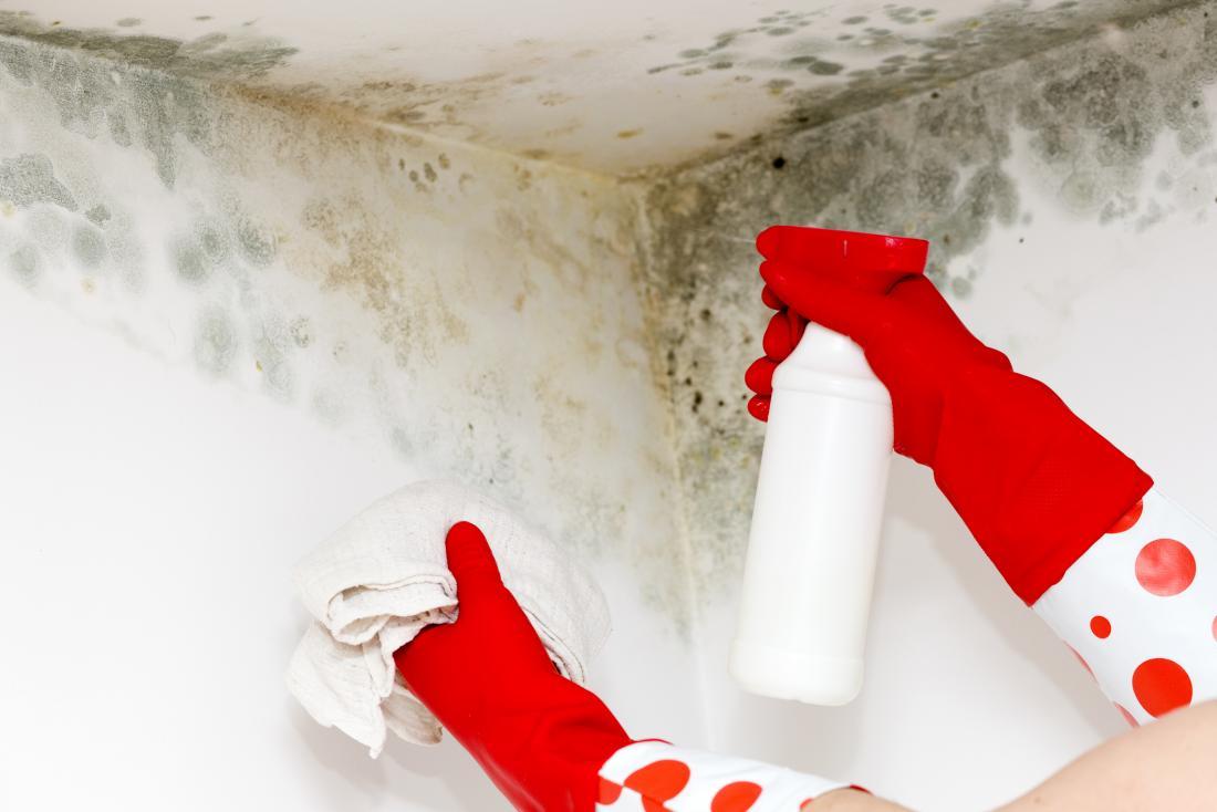 remoção de mão de molde com spray