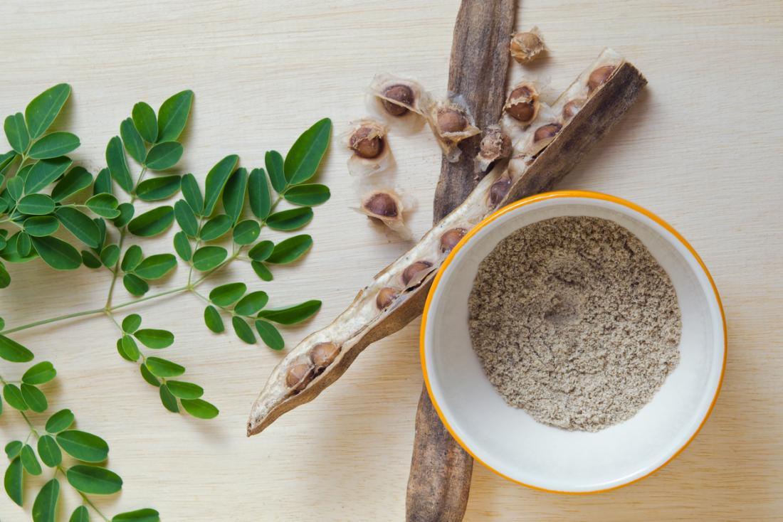Растението Moringa е изсушено и е на прах