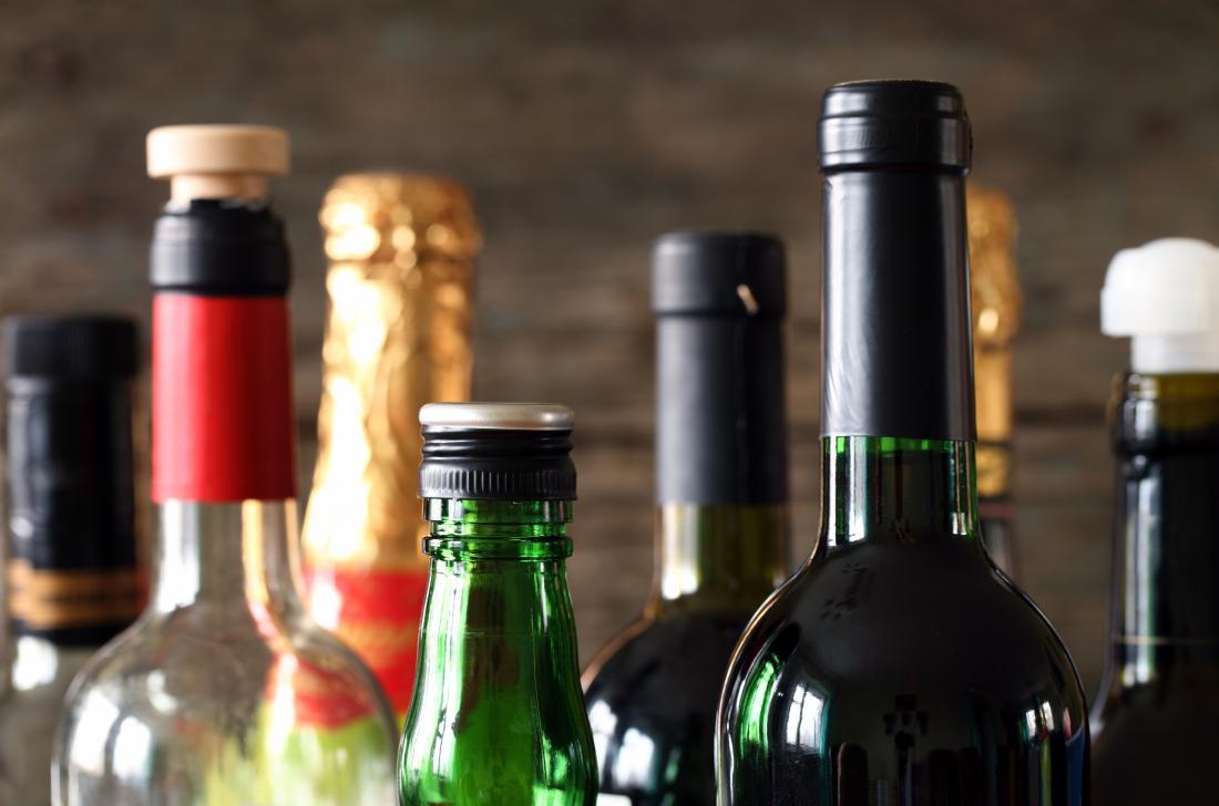 過度のアルコール摂取により一時的な軽度の心臓拡張が起こることがある
