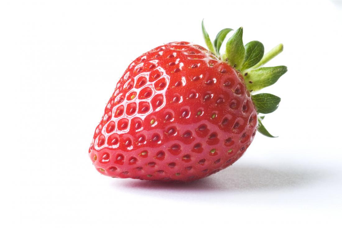 Erdbeere auf weißem Hintergrund, zum der Erdbeerzunge darzustellen