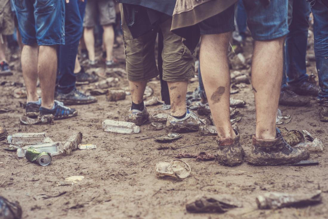 湿った足では、足の裏につながることがあります