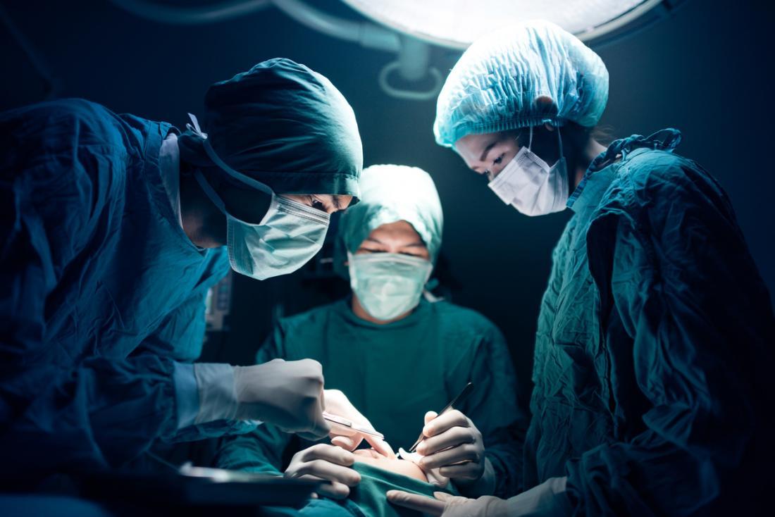 Equipe, de, doutores, executar, cirurgia