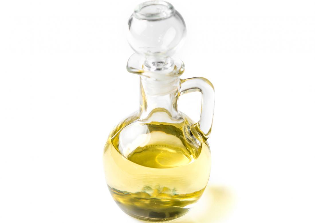 Les huiles essentielles pour les rides doivent être diluées dans une huile de support
