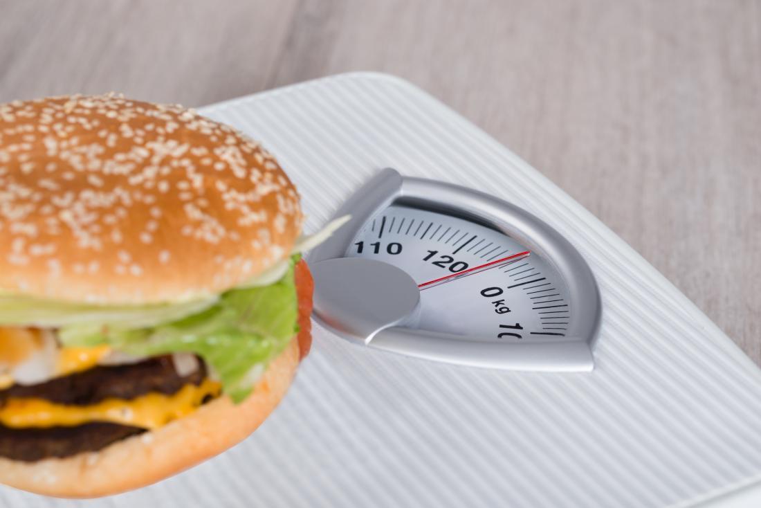 hamburger su una serie di scale