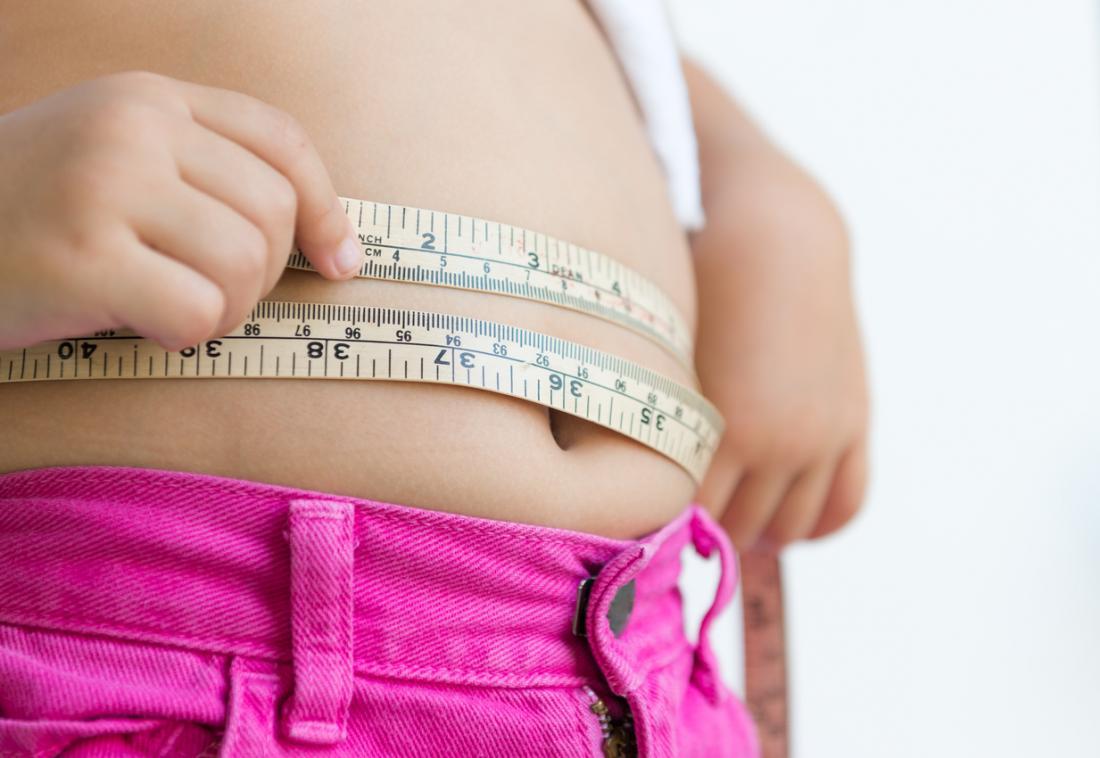 cintura de medição da criança
