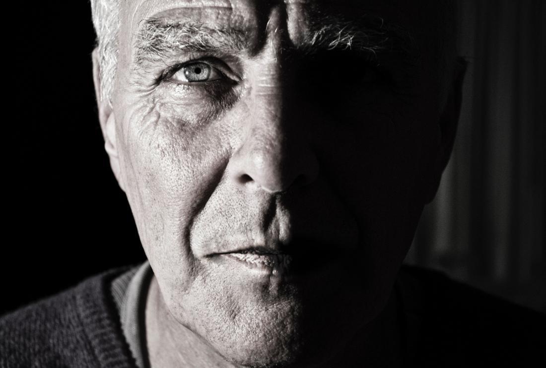 anziano ansioso