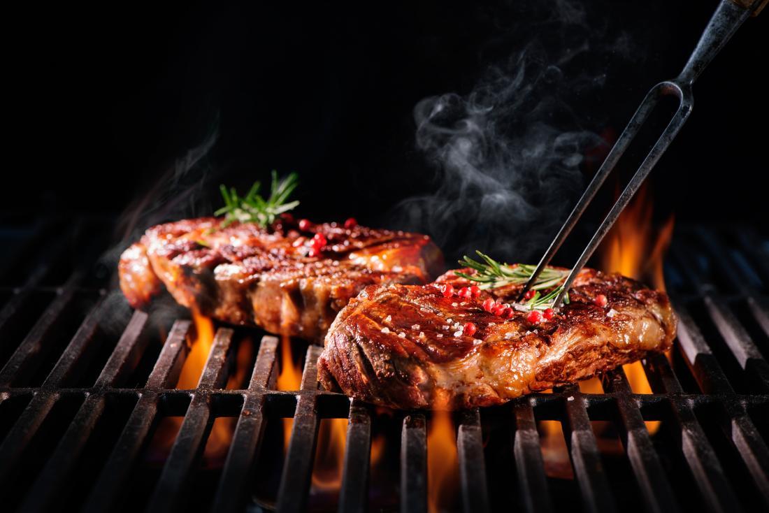 Bistecche di manzo alla griglia